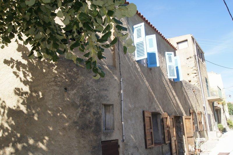 Maison de 3 chambres en péripherie de village, endroit calme